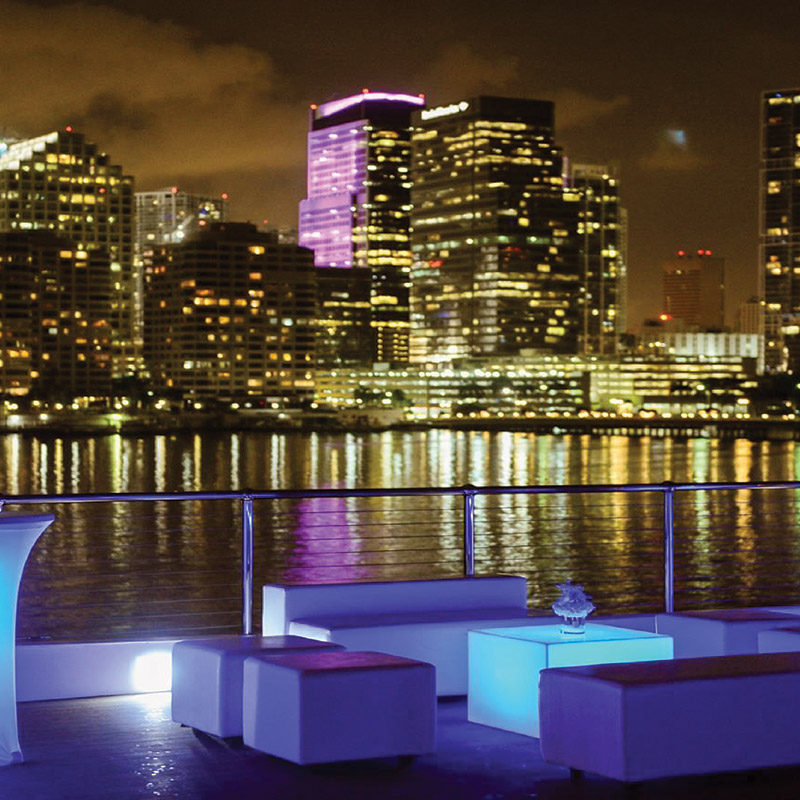 LUXE YACHT CHARTERS Miami Yacht Charters